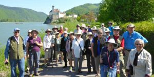 Travel Groups for Seniors – How to Organize Your Own Holiday Group for the Elderly
